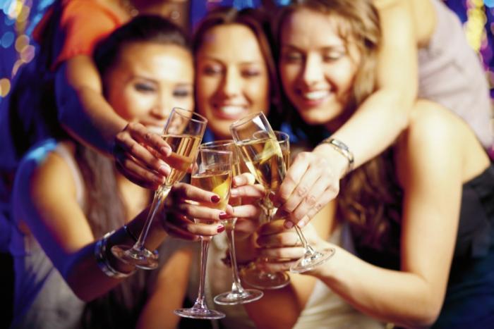 пьющие алкоголь женщины